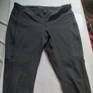 Reebok cropped leggings, size XL